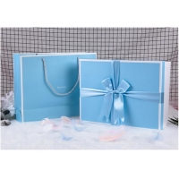 China 300gsm Ribbon UV Coating CMYK Recycled Paper Gift Boxes on sale