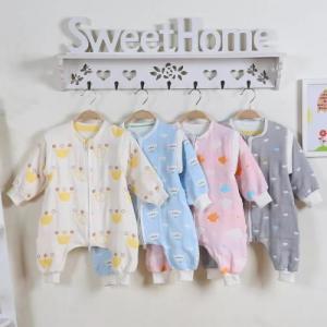 Best Lightweight Quilt Cotton Baby Clothes Super Soft Muslin Cotton Baby Sleeping Suit wholesale