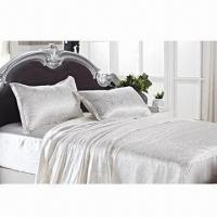 China Silk quilt cover/silk bedding set, luxurious and breathable, warm in winter and cold in summer on sale