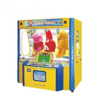 China Coin Operated Doll Claw Crane Vending Machine For Mall on sale