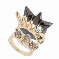 China Fashionable Jewelry Ring Set, Made of Zinc-alloy, Decorated with Rhinestones on sale