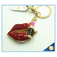 China Sexy Red Lips Hot Rhineston Metal Key Chain Souvenir Key Ring on sale