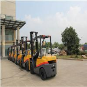 Best Compact FD35 Diesel Powered Forklift Truck 3500kg Capacity 1070mm Fork Length wholesale