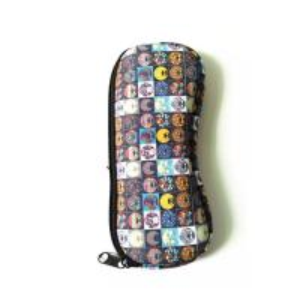 Best Ultra Light Portable Travel Soft Neoprene eyeglasses Pouch Zipper.SBR Material. Size is 19cm*8.7cm. wholesale