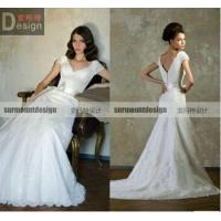 China New Arrival Elegant A-line V-neck Lace Sweep Train wedding dresses in wedding dresses on sale
