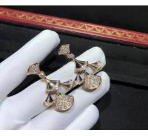 Best sophisticated 18K Gold Diamond Earrings , Bulgari Divas Dream Earrings wholesale