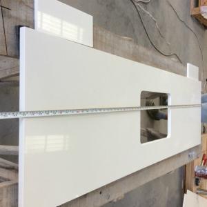 China Composite White Quartz Kitchen Worktops With Granite Countertops Manmade Stone on sale