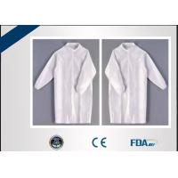 China Breathable Disposable Laboratory Coats For Outdoor Antivirus Activities on sale