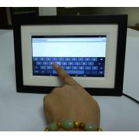 China HD IPS Screen less expensive 7 inch ogrammable Android O.S. Touch Screen WiFi Digital Photo Frame with wooden frame on sale