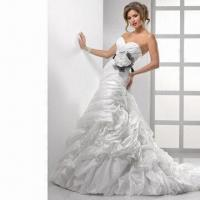 Best Organza Mermaid Sweetheart Bridal Dress with Beaded Lace Applique Along Bodice wholesale