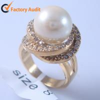 China 2013 New Trendy Fashion Gold Jewelry Rings with Stagger Shaped pearl ring wedding ring on sale