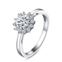China Fashion 925 Sterling Silver Fine Jewelry Ring with CZ Customized Design for Wholesale on sale