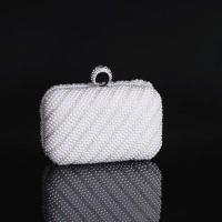 Ladies Luxury Crystal and rhinestone Pearl Clutch evening bags for dinner