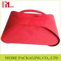 China New Year's Christmas Red Paper Craft Box Design For Portable candy and cake Gift Box on sale