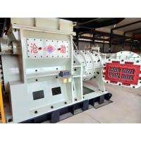 China High Efficiency Vacuum Extrude Clay Brick Making Machine With Dryer on sale