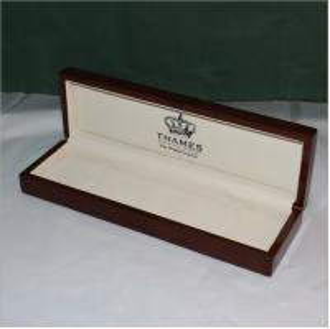 Best Long Version Jewelry Bracelet Gift Box Packaging Leather Or Velvet Inside Material wholesale