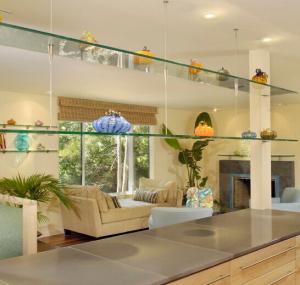 Best glass shelf brackets / tempered glass shelves / bathroom corner glass shelf wholesale
