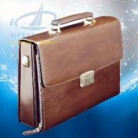 Best Italian Men′s Leather Briefcase with Fingerprint Lock (HF-FC01) wholesale