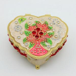 China Zinc Alloy Heart Shape Musical Jewelry Box on sale
