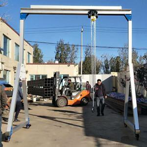 China Alluminium Light Duty Gantry Crane 0.5T 1T Moisture Corrosion Protection on sale