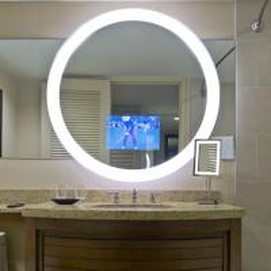 China Waterproof Smart Mirror LCD Screen TV Illuminated Modern Bath Mirror 450cd/m2 on sale