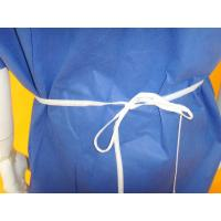 China Comfortable Non Woven Surgical Gown Flat Round Neck Style SMS PP Material on sale