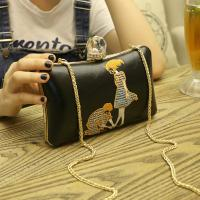 China new ladies party wear shoes women phone purse crossbody embroidered bags custom logo purse wholesale clutch bags china on sale