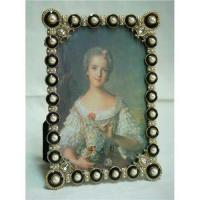 Best Pearl studded photo frame wholesale
