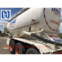 China Cement Food Powder Tractor Trailer Trucks For Bulk Carbon Black 50000 Liters on sale