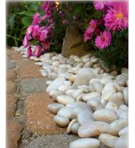 China 30-50mm Natural Pebble Stone,White Stone Pebble,Hot White Snow Pebble,Pebble Stone on sale