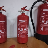 China BSI EN3 Approved ABC 2kg Dry Powder Fire Extinguisher fire fighting equipments on sale