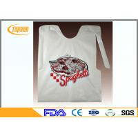Colorful Disposable Plastic Seafood Bibs / Restaurant Disposable Plastic Wear
