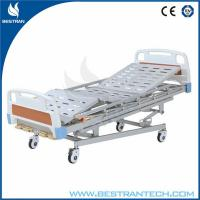 China Hospital Patient Use Manual Hospital Beds With Wheels And Cross Brakes on sale