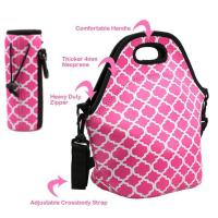 Best Cheap wholesale OEM customize size fashion neoprene insulated lunch bag with water bottle sleeve.Size:30cm*30cm*16cm wholesale