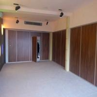 China Banquet Hall Acoustic Insulation Sliding Partition Walls No Floor Tracks on sale