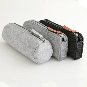 Best Promotional zipper round felt pencil pouch/ pencil cases. size:20cm*6.5cm 2mm felt material. wholesale