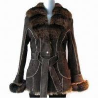 China Goat Fur Coat/Elegant Fur Coat with Exquisite Fitting and Workmanship, OEM Orders Welcomed on sale