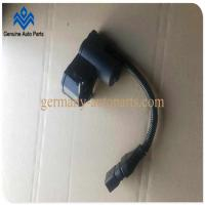 China 4E0 998 281B Electric Brake Caliper Motor, Audi A8 S8 Rear Brake Pump Motor 4 Pins on sale