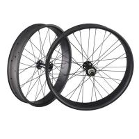 Best 32 Holes UD Finish Carbon Fat Wheels 26 Inch Presta Valve 90mm Width Thru Axle wholesale