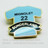 Cloisonne T-shirt pin badge with safety pin