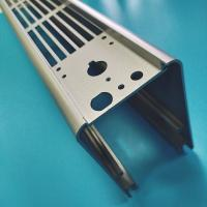 China Titanium Plating Aluminum Heatsink Extrusion Profiles Waterproof Heater Case Drilling on sale
