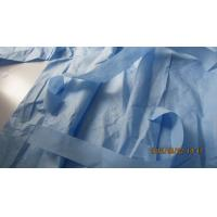 China Non Absorbent Disposable Lab Gown , Disposable Medical Scrubs SMS Material on sale