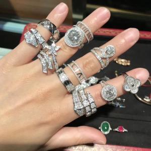 China Handmade 18K Gold Diamond Engagement Ring , High End Custom Jewelry on sale