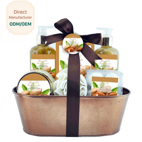 Cheap Mild Body Care Bath Gift Set / Chocolate Bubble Bath Gift Set Willow Basket for sale