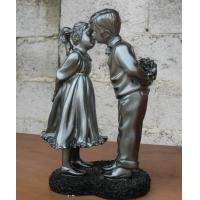Best Small Polyresin figurine(Young love) for home decoration or festival gift wholesale