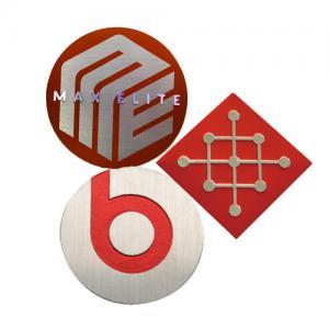China Custom Logo Engraved Metal Tags Aluminum Brand Logo Engraving Name Plate on sale