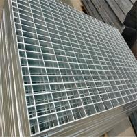 China ASTM A36 Expanded Metal Stair Treads Galvanized Mesh Flooring For Building on sale