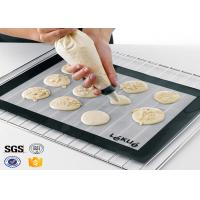 China PTFE Non Toxic Baking Sheet BBQ Heat Proof Silicone Mat on sale