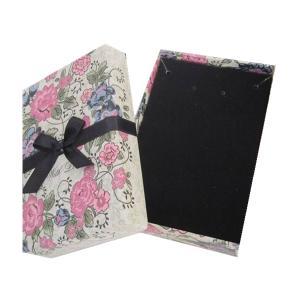 China Cardboard Velvet Jewelry Box Jewelry Packaging Box on sale