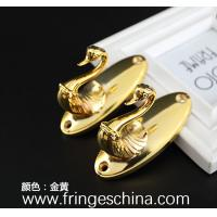 China High quality classical customized metal zinc alloy curtain hooks for home decorations on sale